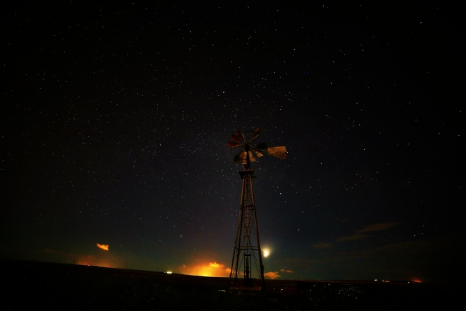 Out looking for the Milky Way, light pollution from flaring obscures all stars.  This is not Nigeria, this is just outside Denver, Colorado, where just this year, both the State & global O&G players worked together to reduce